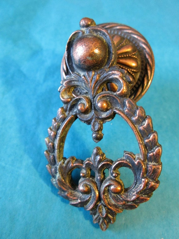 1 Large Vintage Fancy Cast Metal Furniture Pull for your Projects, Steampunk Art