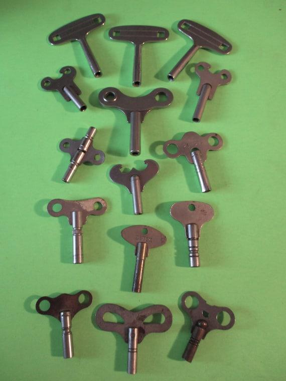 15 Assorted Vintage Steel & Nickel Clock Keys for your Clock Projects - Art - Stk# K98