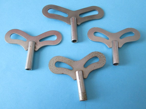 4 Size 6 (3.75) Seikosha Style Nickel Plated Steel Clock Keys for your Clock Projects, Steampunk Art and Etc.Stk#543