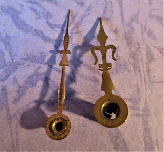 1 Pair of Small Antique Brass French Trident Carriage Clock Hands Square Minute Hand Hole Stk# 101