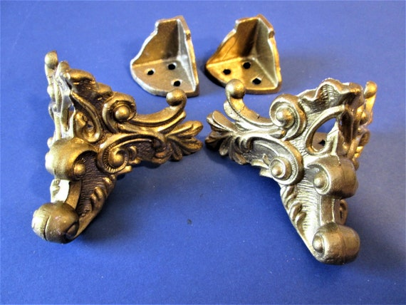 1 Set of Reproduction Shiny Gold Painted Cast Metal Mantle Clock Feet for your Clock Projects, Steampunk Art, Metalworks and Etc.Stk#487