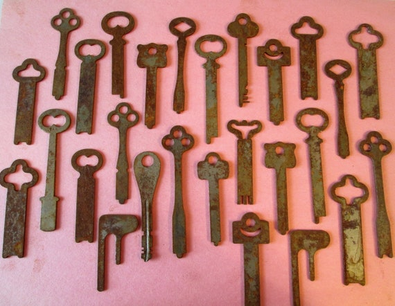 27 Assorted Large Original Antique Rusty and Dusty Keys for your Projects - Steampunk Art and etc...