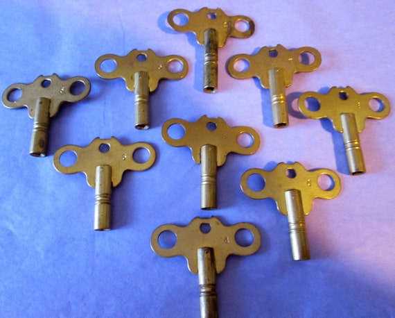 Set of 9 Vintage Solid Brass Clock Keys Assorted Sizes for your Clock Projects, Steampunk Art and Etc..