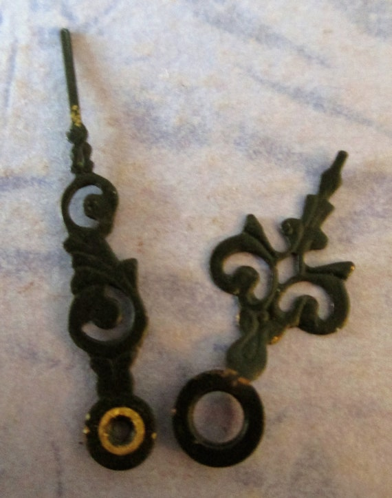 1 Pair of Tiny Antique Serpentine Style Carriage Clock Hands for your Clock Projects, Steampunk Art - Jewelry Making