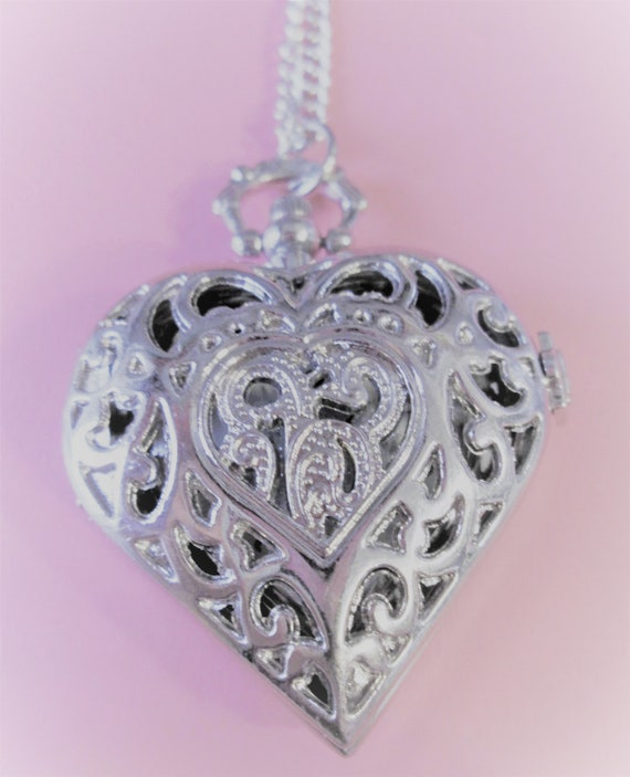"New Beautiful Antique Victorian Style Heart Shaped Silver Plated Reproduction Ladies Pocket Watch Pendant With 30"" Chain - Great Gift Idea"