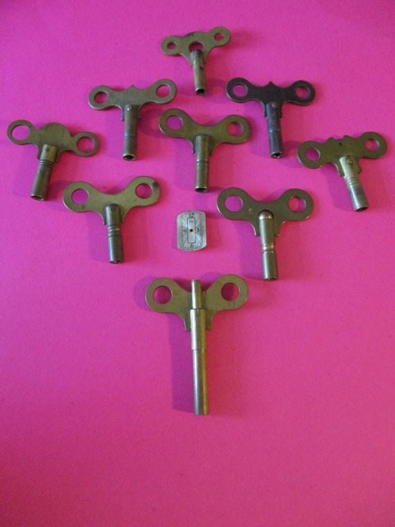 9 Antique Brass Clock Keys - Assorted Sizes for your Clock Projects - Art  Stk# K22