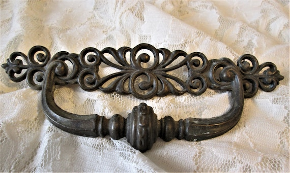 "1 Large 7"" Vintage Fancy Cast Metal Furniture Pull for your Projects - Steampunk Art and Etc."