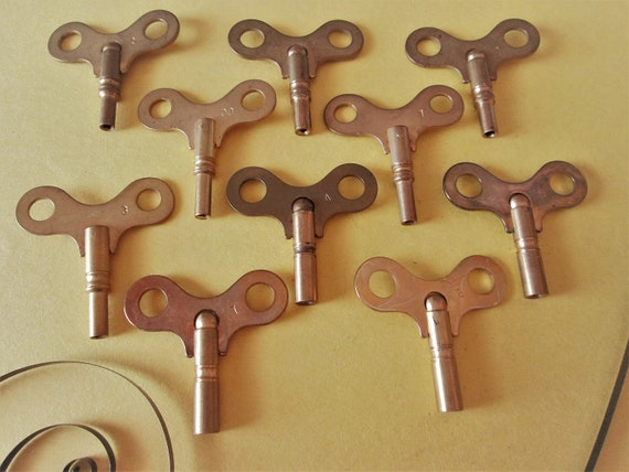 Set of 10 Vintage Solid Brass Clock Keys Sizes 0 to 7 for your Clock Projects, Steampunk Art and Etc..
