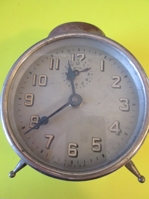"""Old Worn Rusty & Dusty Vintage 4"""" Alarm Clock for your Clock Projects, Steampunk Art, Altered Art and Etc..."""