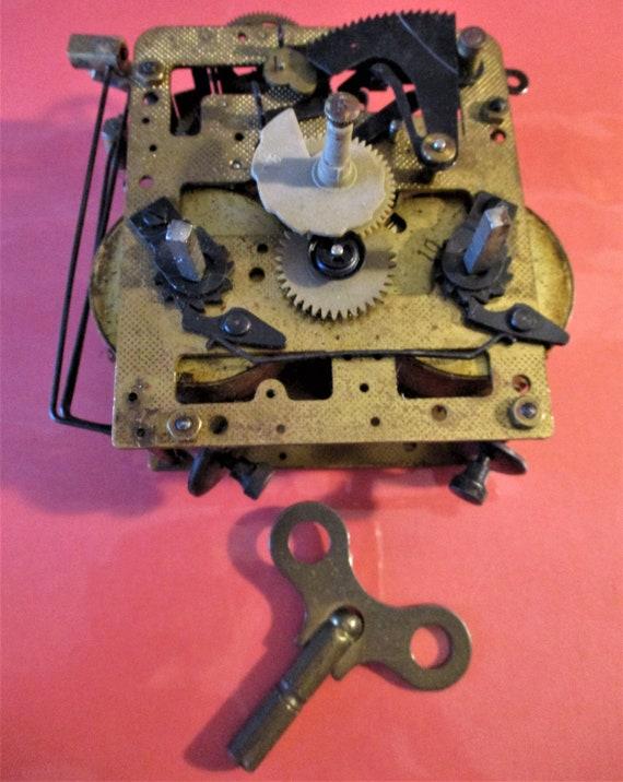 Antique German Made Elgin Clock Co. Clock Works for Repair/Parts Stk# 611