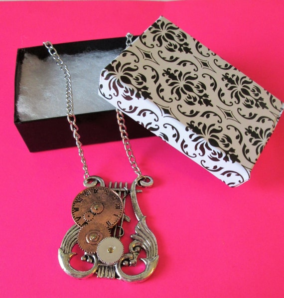 """1 New Steampunk Art Design Cast Metal Necklace with 22"""" Adjustable Chain - Great Gift Idea"""