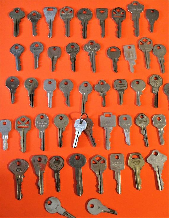 50 Vintage Steel Keys for your Collections - Steampunk Art - Stk# K79