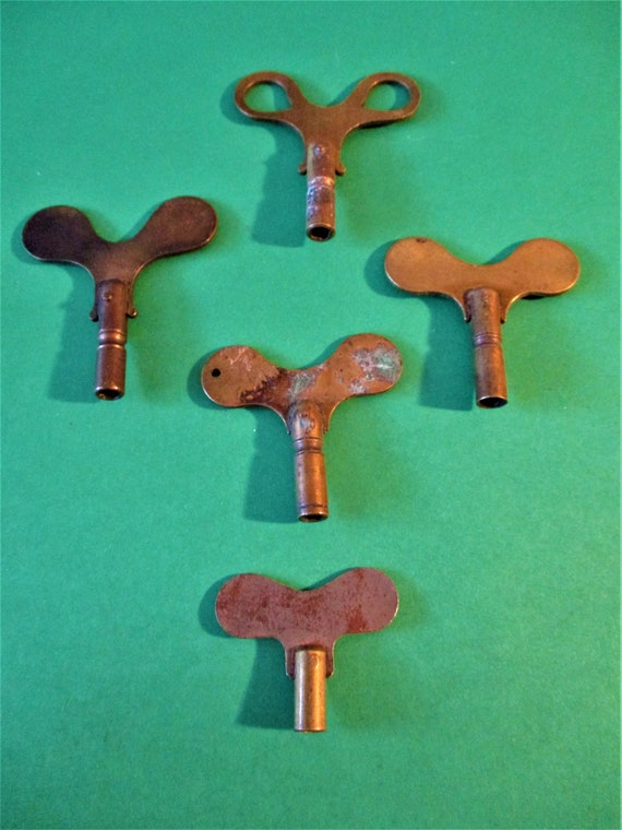 5 Antique Solid Brass Clock Keys for your Clock Projects - Art - Stk# K92