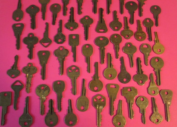 56 Assorted Vintage Brass Keys Many Different Brands -  for your Steampunk Art, Crafts - Jewelry Making