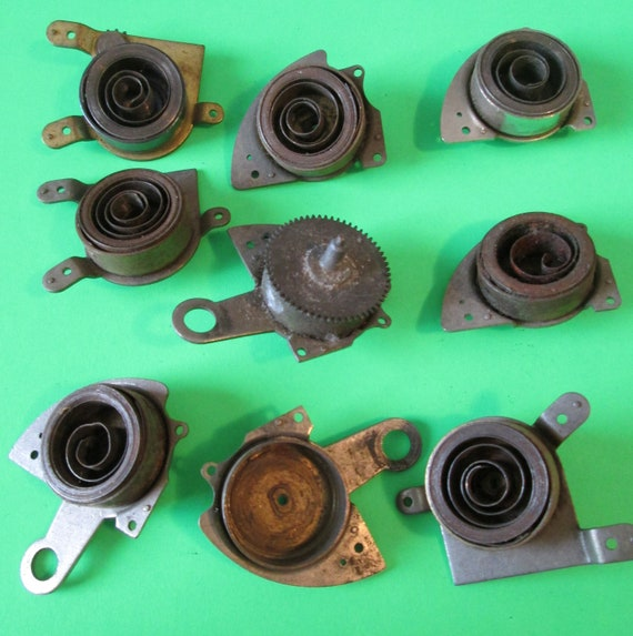 9 Assorted Vintage Baby Ben Alarm Clock Mainsprings for your Clock Projects - Steampunk Art Stk#383