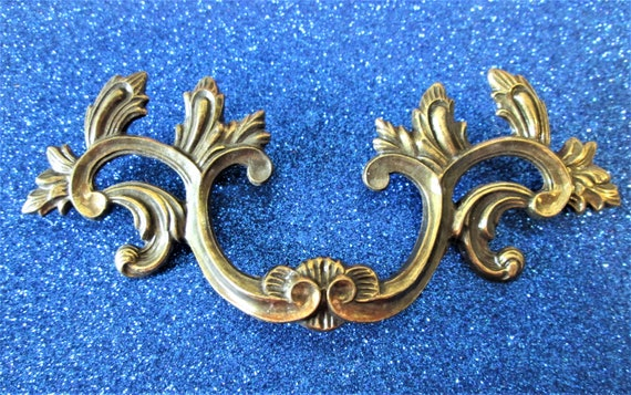 1 Vintage Fancy Cast Brass Furniture/Clock Case Ornament for your Projects - Steampunk Art and Etc.