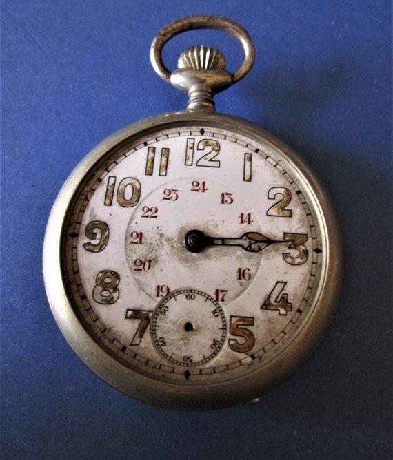 1 Old Partial Pocket Watch for Repairs/Parts - Steampunk Art - Etc..Stk# W41