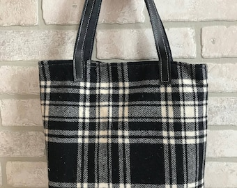 SALE ** (Was 65 dollars)Buffalo plaid purse handbag shoulder bag tote