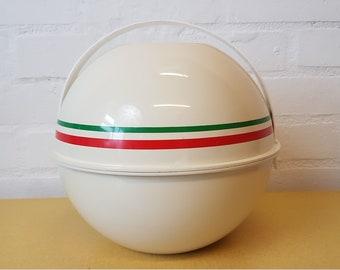 Vintage Guzzini ball picnic set