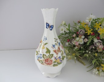 Aynsley 1970's vintage Cottage Garden stem vase