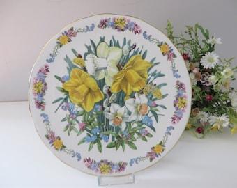 Royal Grafton vintage  1980's Spring floral plate