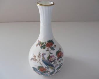 Wedgwood vintage  1980's Kutani Crane bud vase