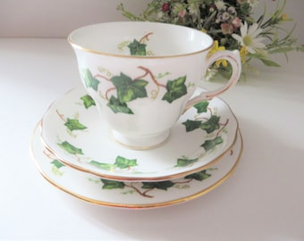 Colclough vintage 1960's Ivy Leaf Pear shape tea trio
