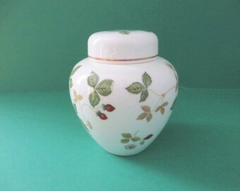 Wedgwood Wild Strawberry vintage 1960's Ginger jar