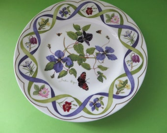Wedgwood vintage 1990's Clematis plate