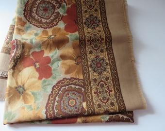 Vintage 1990's rustic look floral scarf