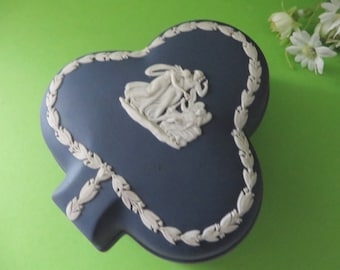 Wedgwood Jasperware dark blue vintage 1970's trinket box