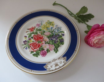 Royal Doulton vintage 1980's Royal Wedding Bouquet plate