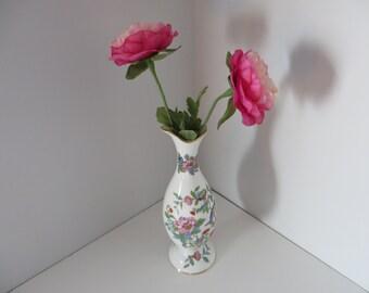 Aynsley vintage 1960's tall Pembroke bud vase