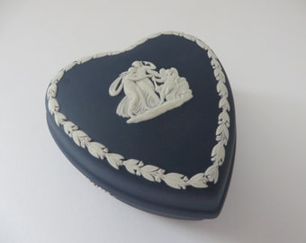 Wedgwood Jasperware vintage 1970's dark blue heart trinket box