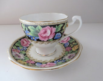 Vintage Roslyn 1950's floral Teacup and saucer