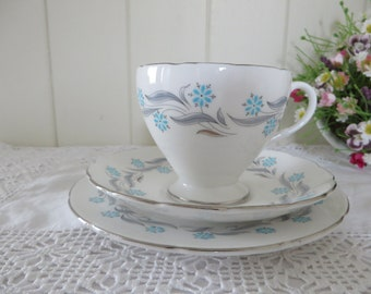 Foley vintage 1950's Prelude blue and pink Tea trio