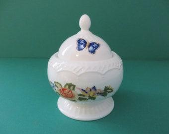 Aynsley vintage 1970's Cottage garden trinket pot