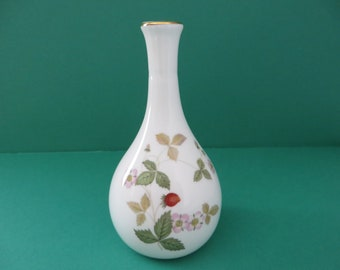 Wedgwood Wild Strawberry vintage 1960's bud vase