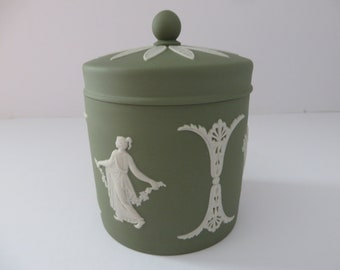 Wedgwood Jasperware vintage sage green 1980's trinket box