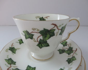 Colclough vintage 1960's smooth Pear shape tea trio