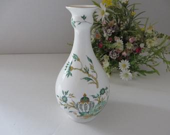 Crown Staffordshire vintage 1970's Kowloon bud vase