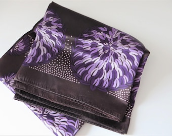 Hammura vintage 1960's purple and lavender scarf