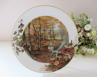 Royal Worcester vintage 1979 October collectible plate