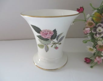 Wedgwood vintage Hathaway Rose 1970's  posy vase