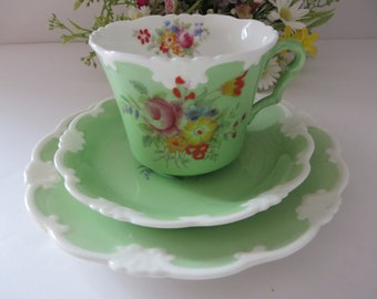 Collingwoods vintage 1930's green floral tea trio