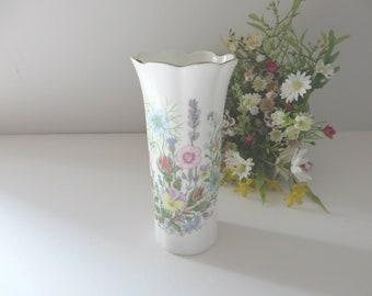 Aynsley vintage 1970's Wild Tudor Mayfair vase