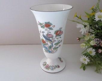 Wedgwood vintage 1980's Kutani Crane blue floral footed vase
