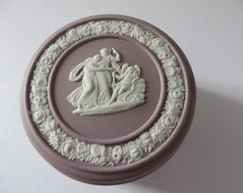 Wedgwood Jasperware Lilac vintage 1960's round trinket box
