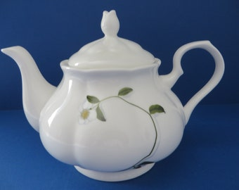 Royal Suffolk vintage 1980's white and floral teapot