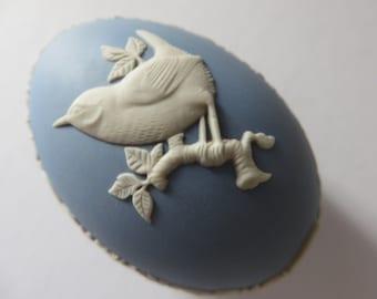 Wedgwood Jasper ware Wren bird vintage 1980's egg shape trinket box